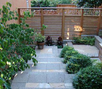 حیاطی زیبا و کاربردی
