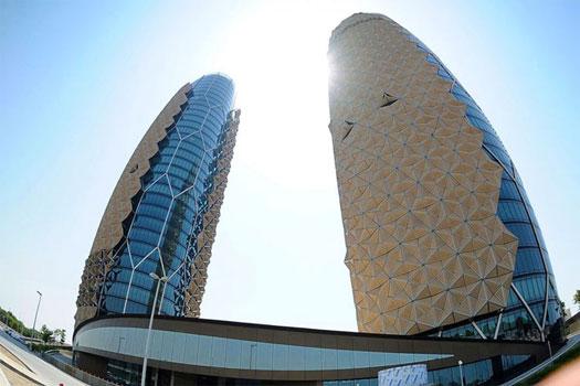هندسهی عجیب و غریب برج های دوقلوی ابوظبی